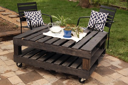 coffeetable_from_pallet_diy_Web